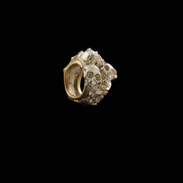 Antimonium anello